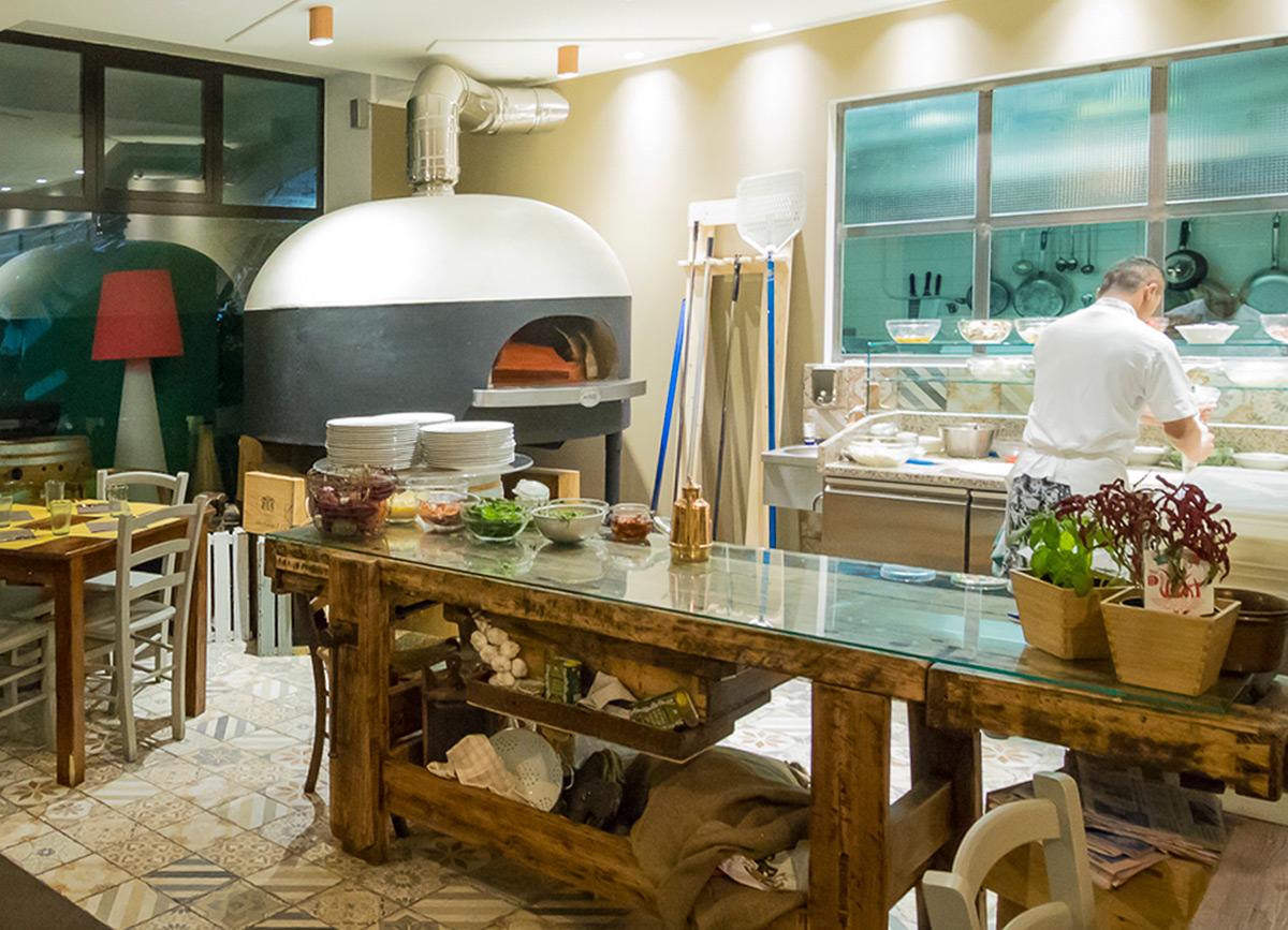 ASTORI-GROUP-arredamento-locali-Pizzaria-Morani-(15)